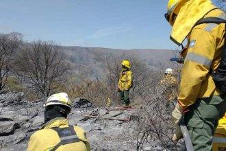 Tras concluir sus tareas en Córdoba, bomberos entrerrianos regresan a sus hogares