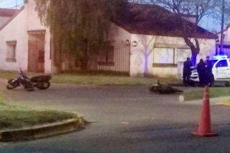 Trágico choque entre motos: un joven muerto y tres lesionados