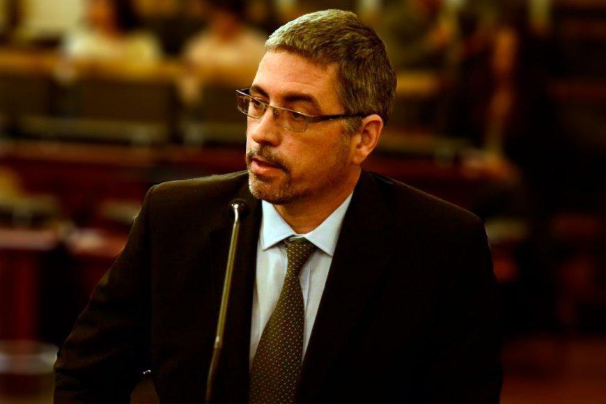 Fiscal Oscar Sobko.