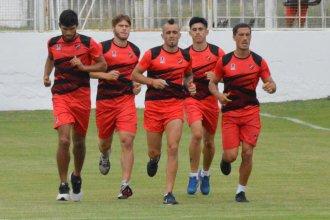 Álvarez cambiaría medio equipo para recibir a Gimnasia