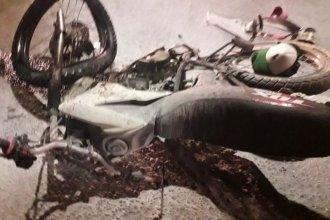 Múltiples fracturas sufrió una pareja en un violento accidente al anochecer