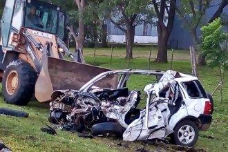 Un joven perdió la vida tras impactar contra un camión