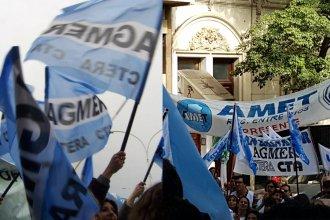 Agmer hizo una manifestación para pedir que destinen vacunas a docentes