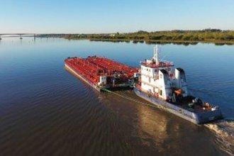 Inconveniente causó un derrame de combustible en el río Uruguay
