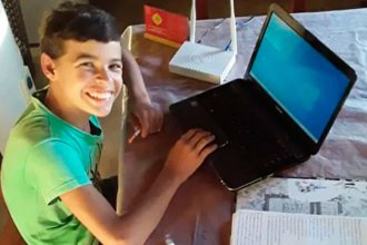 Gualterio no tendrá que volver a subirse al molino: el chico ya tiene internet en su casa