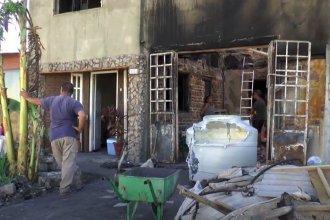 Un incendio los dejó con lo puesto: piden colaboración para reconstruir la casa