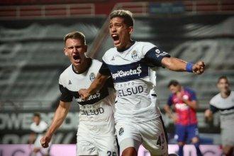 """Ramírez volvió a marcar y el """"Lobo"""" de los entrerrianos sueña con la final"""