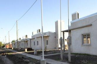 Con fondos provinciales, construyen 82 viviendas en cuatro localidades