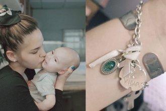 La mamá de Clarita perdió una pulsera que era de su hija y pide ayuda para recuperarla