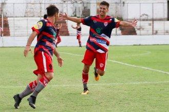 Atlético Paraná sacó más ventaja y a Libertad le empataron sobre la hora