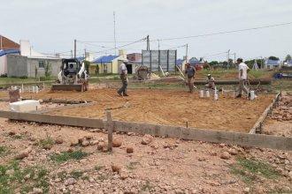Inició la construcción de 16 viviendas IAPV en localidad de la costa del Uruguay