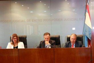 """Sin """"enganche"""" con la Corte y obligada a """"paritarias"""", ¿perdió independencia la Justicia entrerriana?"""