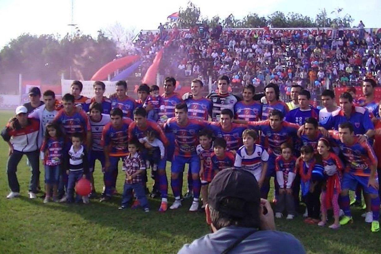 En 2014, el equipo ascendió al Torneo Federal B.