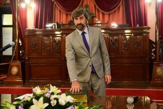 Con el apoyo de todos, Giano seguirá liderando la Cámara de Diputados y será acompañado por dos mujeres