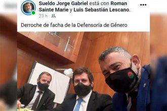 Funcionarios de la Defensoría se sacaron una selfie durante la audiencia de la causa Fátima