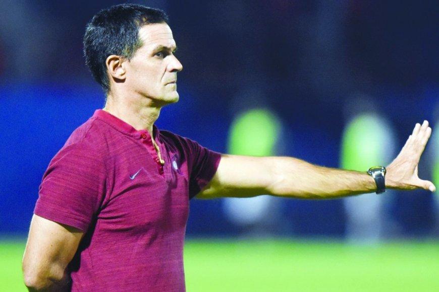 Bernay será asistente de Holan en Santos.