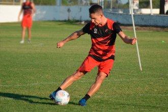 Cuatro cambios, con dos debuts, para visitar al campeón de la Sudamericana