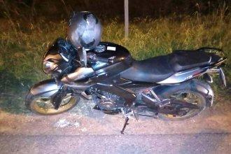 De paso por Entre Ríos, cayó de la moto y terminó internado en grave estado