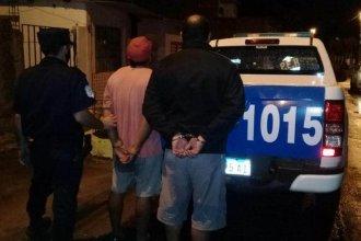 Dos delincuentes quedaron detenidos por el robo a una carnicería: uno de ellos tenía tobillera electrónica