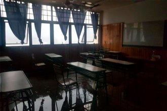 """Llovió y algunas escuelas de Paraná """"hicieron agua"""""""