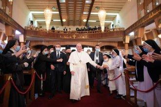 """El Papa Francisco inició su histórica visita a Irak:""""Era un deber hacia esta tierra martirizada"""""""
