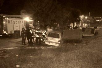 Auto se estrelló de lleno contra un acoplado y su conductor perdió la vida