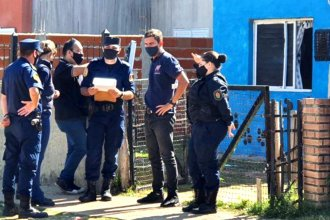 Un hombre se atrincheró con sus hijos en su casa y amenazó a la Policía con un machete