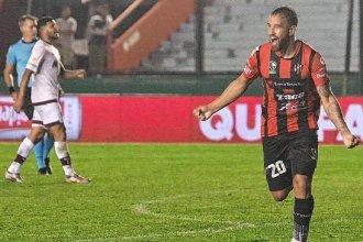 En la Copa Argentina, Patronato derrotó a Lanús y avanzó a octavos de final