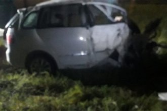 Un hombre murió al impactar contra una garita de colectivos
