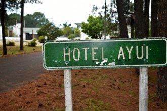 Hotel Ayuí lleva 13 meses cerrado, está semiabandonado y sus empleados cobran menos de la mitad del sueldo
