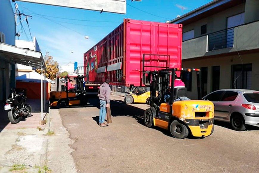 El container llegó, pero hay orden de sacarlo