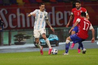 Argentina empató con Chile y no pudo saltar a la punta