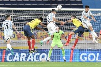 Argentina pegó de entrada pero no lo pudo sostener y Colombia se lo empató sobre la hora