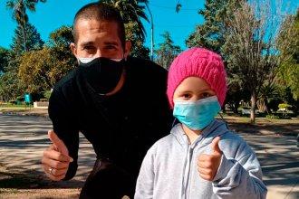El gesto de Jonatan Maidana con la niña de San José que necesita viajar al exterior para un tratamiento médico