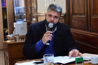 Desde la oposición, habló sobre la posible sanción a la concejal que se manifestó frente a Agmer
