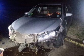 Conductor despistó en su auto y chocó contra el guardarraíl