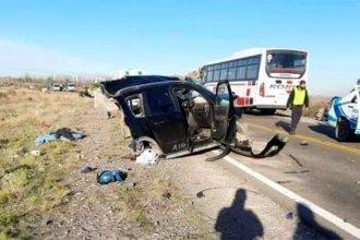 Camión que viajaba desde Entre Ríos protagonizó un impactante choque en el que murieron tres menores