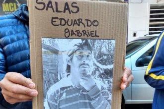 Familiares de un hombre desaparecido reclaman su cuerpo: aseguran que es quien apareció calcinado en un baldío