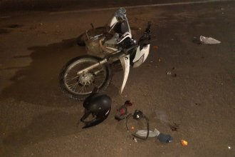 Lesiones graves para un motociclista que impactó contra un colectivo