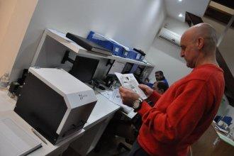 Diputados incorpora el uso de máquinas que eliminan microorganismos con luz ultravioleta