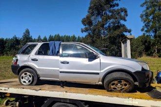 Su auto despistó y ella murió al salir despedida: testimonios apuntan contra un camionero que pasaba por el lugar