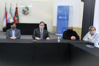 En pleno cruce con funcionarios, acordaron un aumento del 20 por ciento con los gremios municipales
