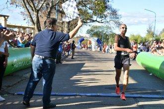 """""""Juani"""" Segovia logró, por primera vez, quedarse con la victoria en la Maratón de Reyes"""