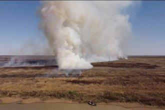 Intenso combate del fuego en el Delta