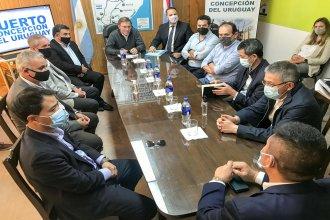 El ministro de Producción recibió a empresarios chinos interesados en exportar desde el puerto de Concepción del Uruguay