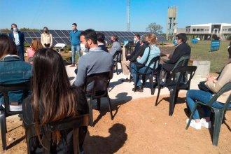 """Piaggio, ambientalista: inauguró un Parque Solar y cargó contra los agroquímicos y el """"barrio náutico que nunca debió existir"""""""