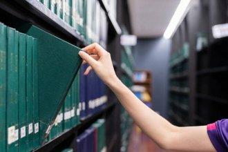 Proponen crear una biblioteca de tesis que aporten soluciones a problemáticas de la región