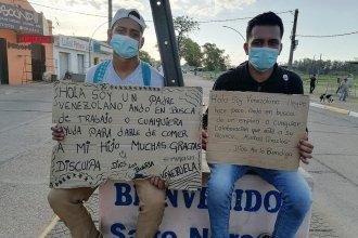 En busca de oportunidades, venezolanos cruzaron el río desde Concordia y se instalaron en Salto