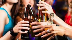 Se llevaron bebidas alcohólicas de un boliche