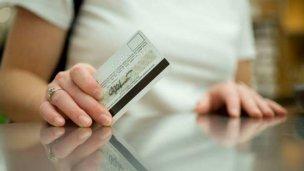 Detenidos por estafas con tarjetas de crédito